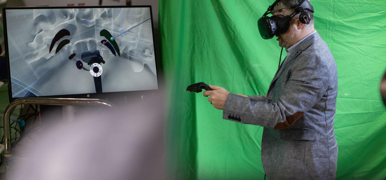 Dr. Sachs 3-D reality