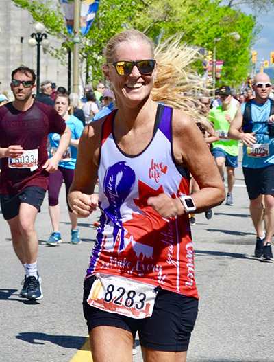 Sindy running in support of cancer research at The Ottawa Hospital
