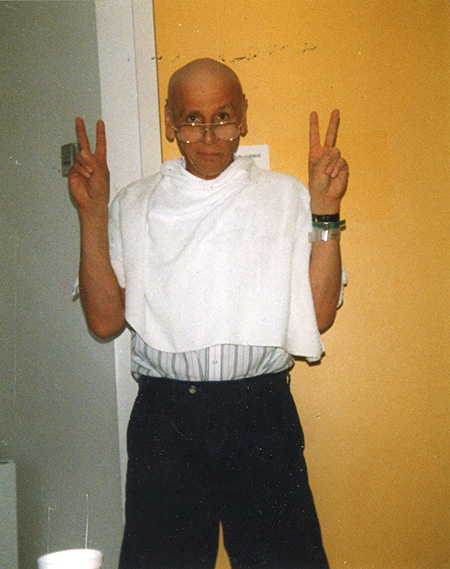 Robert Hardy during his leukemia treatment